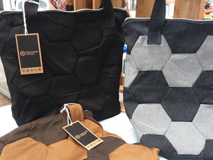 A Badu Design tem bolsas de vários estilos. Foto: Divulgação