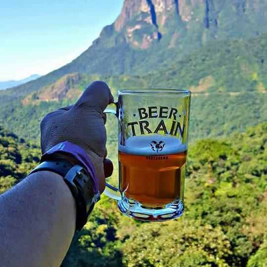 O Beer Train traz degustação de cervejas artesanais da Bodebrown. Crédito foto: Serra Verde Express.
