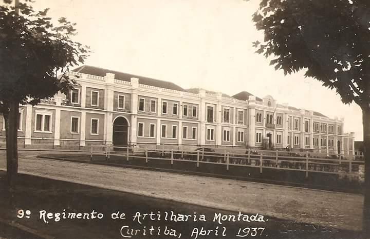 Onde era o Quartel agora é o Shopping Curitiba. Foto: arquivo.