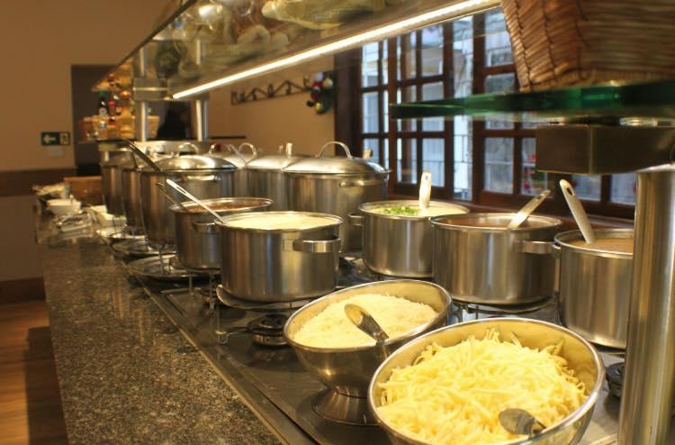 Sopas, massas e saladas.Quer mais? Foto: Facebook Bom Strudell