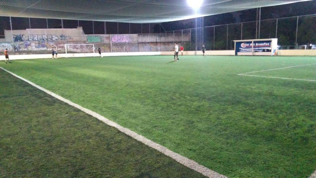 Pista de skate (ao fundo), quadra de futebol e muito mais! Foto: Divulgação.