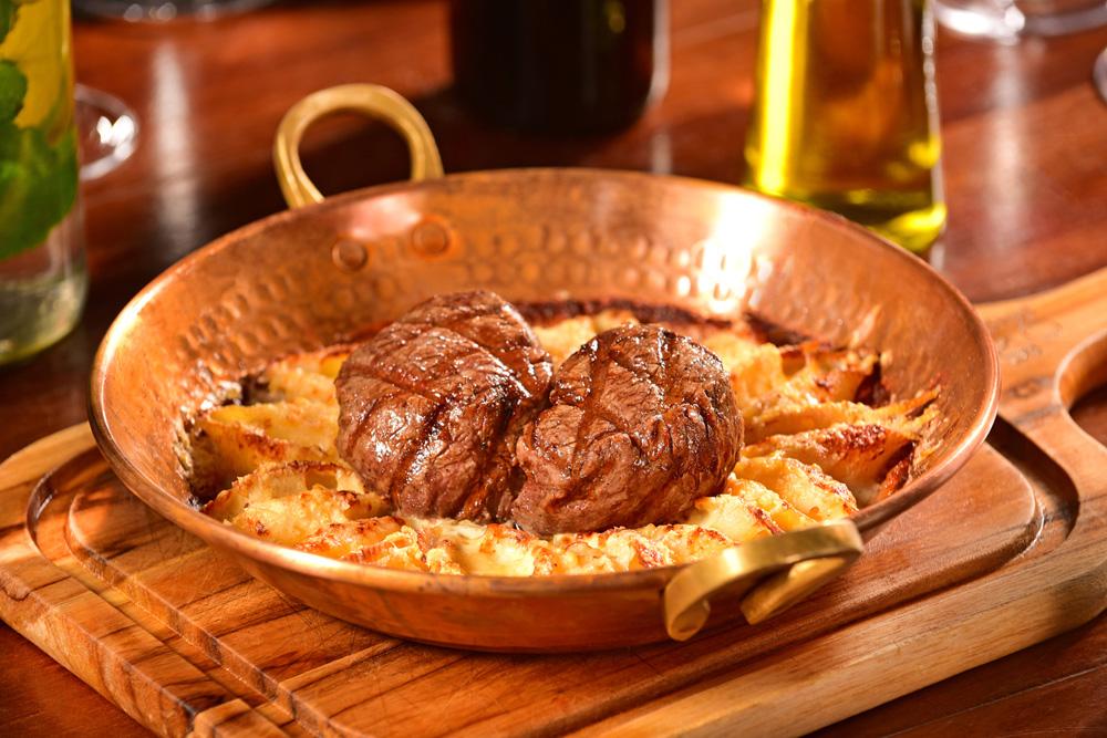 Mignon com Conchiglione de Pera ao Molho Gorgonzola. Foto Divulgação