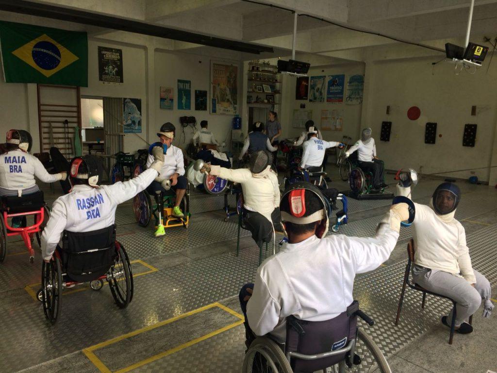 Esgrima em Cadeira de Rodas: modalidade olímpica. Foto: Academia Mestre Kato