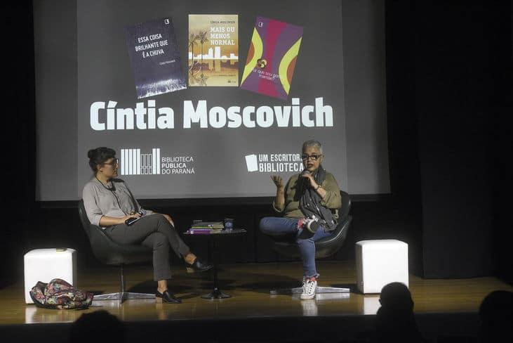 De frente com o autor. Foto: Kraw Penas/SECC