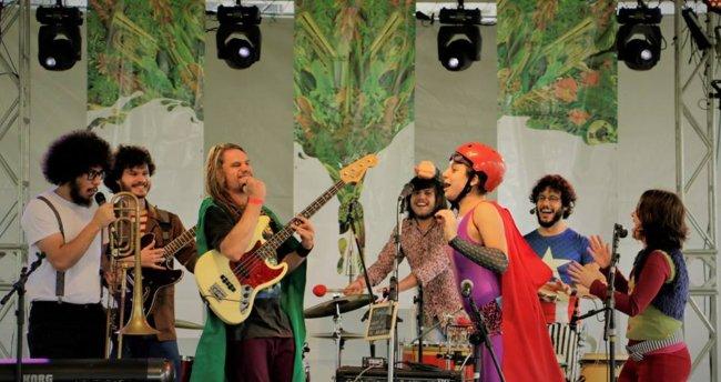 Muita Música. Foto: Facebook da banda Siricutico